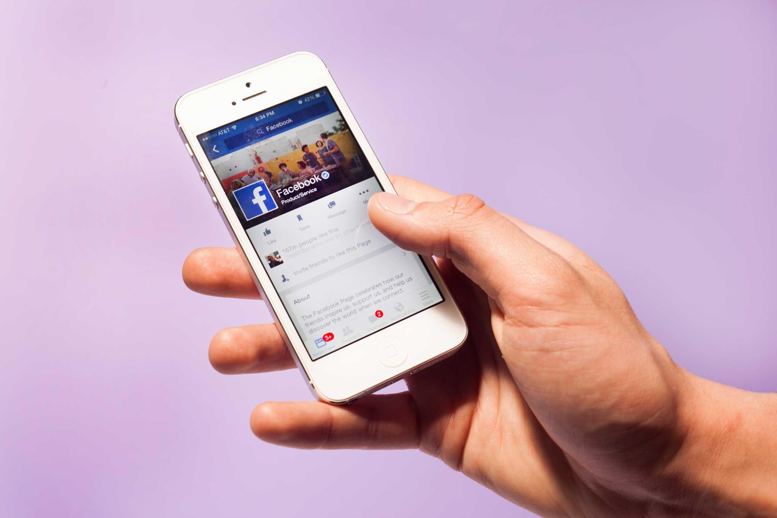 cách live stream màn hình điện thoại iphone