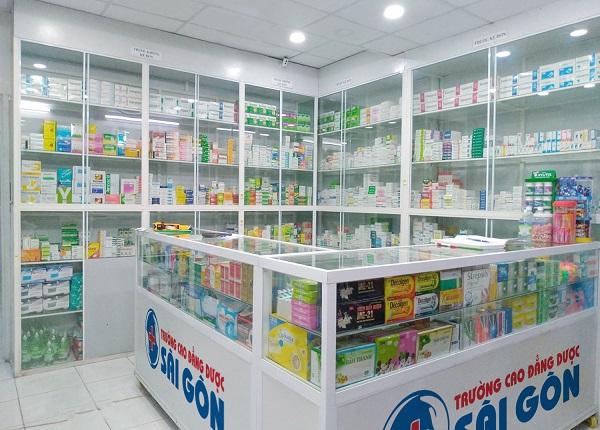 cách sắp xếp thuốc trong nhà thuốc