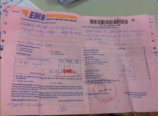 khai phiếu thông tin khi gửi hàng tại bưu điện