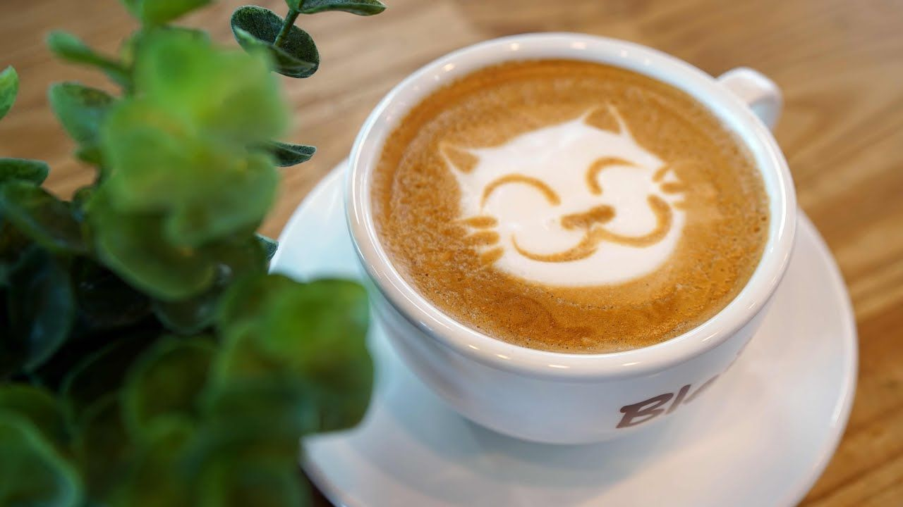 một tách cafe latte đẹp mắt