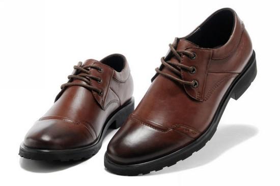 Chủ shop cần biết: Nam giới lựa chọn giày dép như thế nào? 6