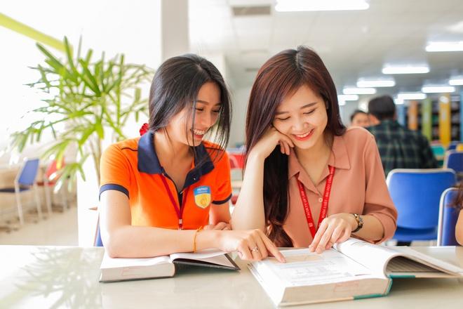 Khách hàng mục tiêu của nhà hàng thường không phải học sinh, sinh viên