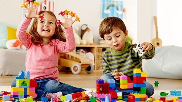 kinh doanh đồ chơi thông minh cho trẻ em
