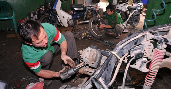 Mở quán sữa chữa xe máy, xe đạp ở nông thôn