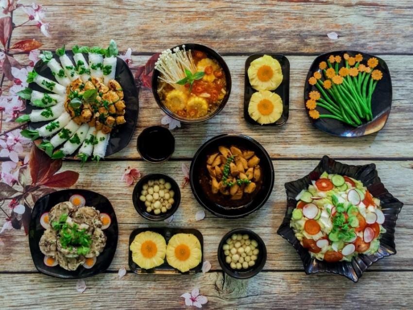 cách thu hút khách hàng đến nhà hàng bằng những món ăn ngon