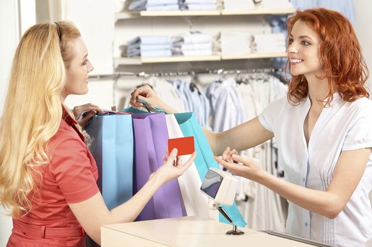Tuyển nhân viên bán hàng thời trang xuất sắc yêu cầu những gì?
