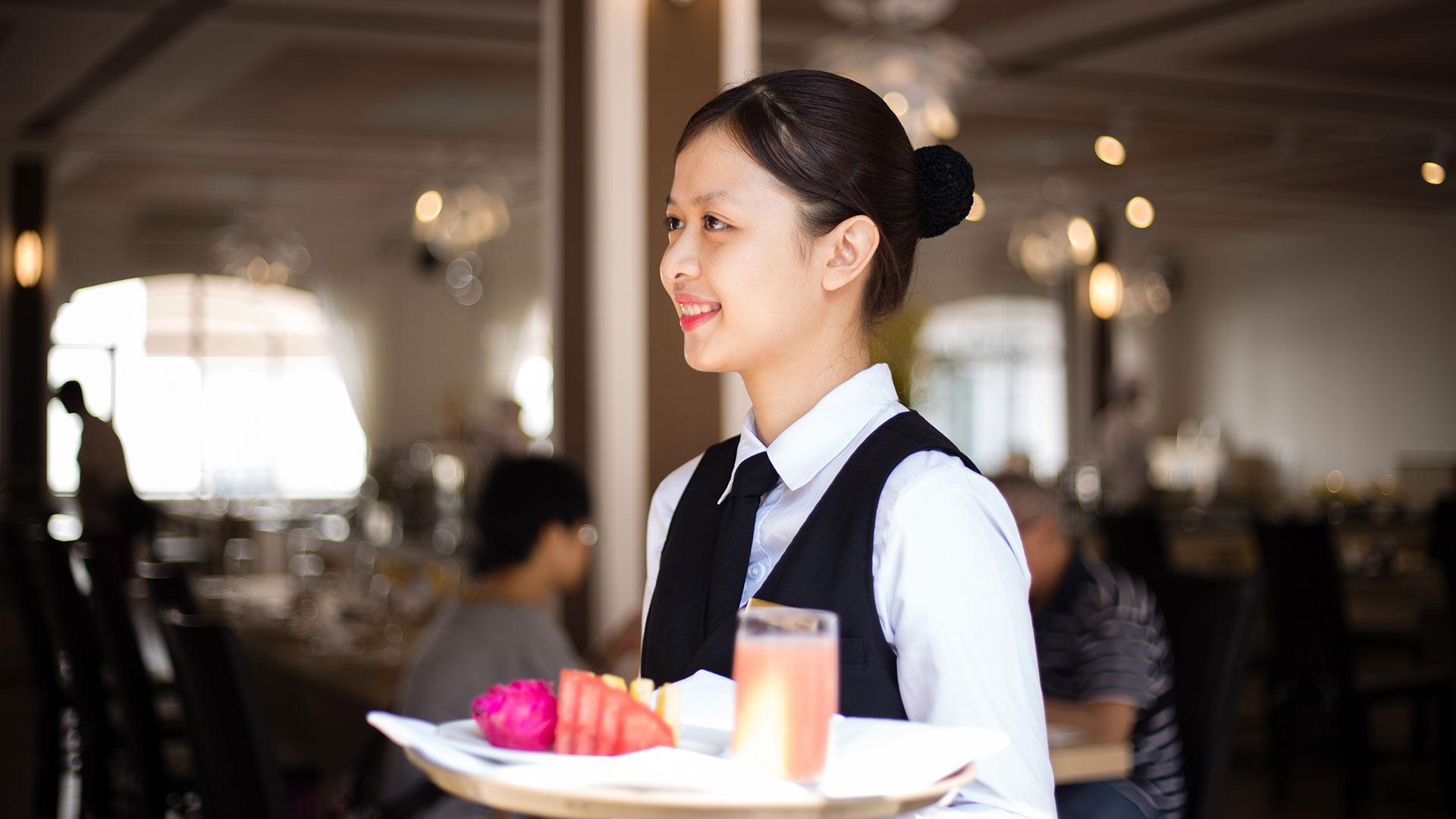 Tuyển dụng nhân viên khi mở quán cafe nhỏ