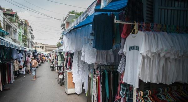 quần áo hàng thùng