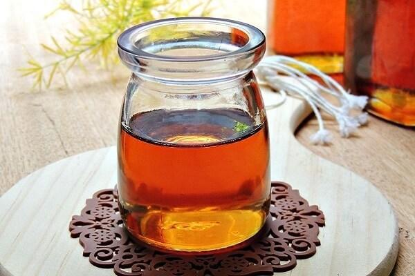 hỗn hợp trà và nước đường