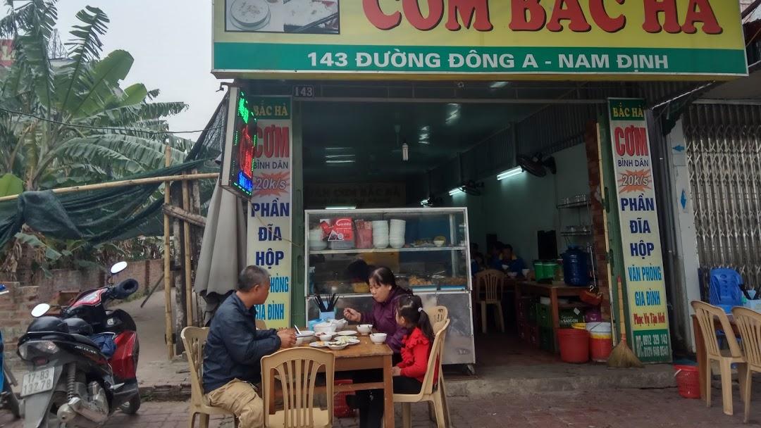 quản lý nhân sự phục vụ quán ăn bình dân