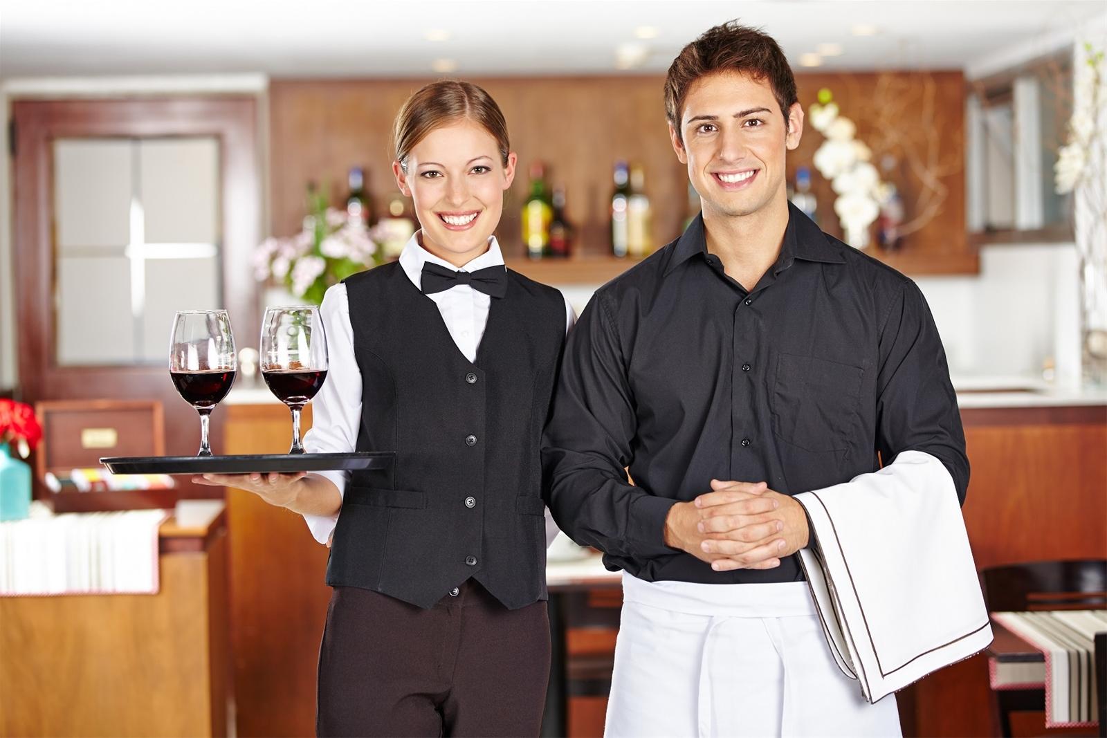 quy trình phục vụ nhà hàng theo chuẩn