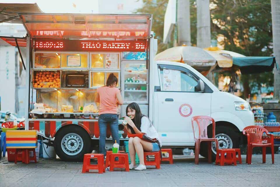 ý tưởng kinh doanh nhà hàng ăn uống bằng xe di động