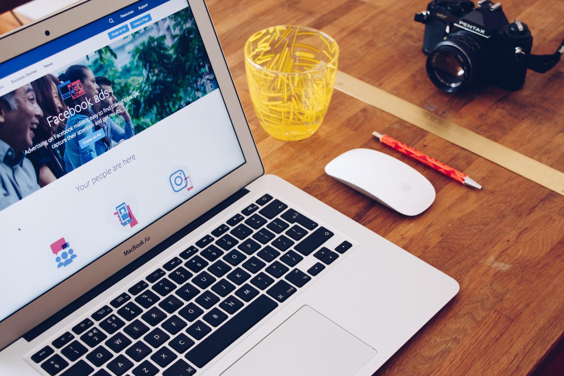 cong-cu-fanpage-facebook