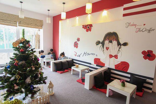thiết kế quán cafe với giấy dán tường