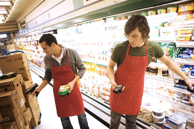 Tuyển dụng nhân viên siêu thị mini