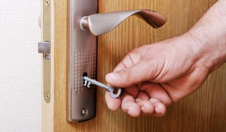 Key,_Door,_Lock,_Room,_Switch_on1553580788.jpg image