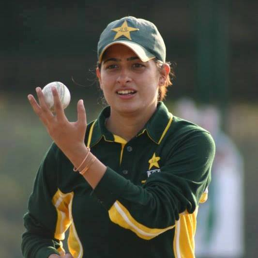 Who_has_become_the_1st_Asian_woman_cricketer_to_play_hundred_T20Is1549431767.jpg image