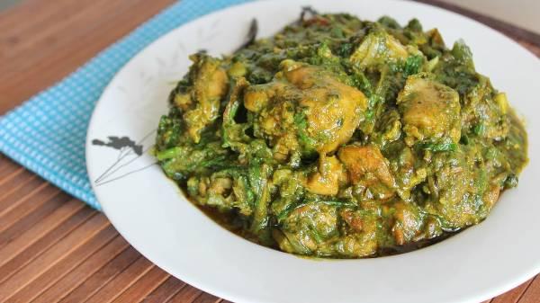 Murgh Saag, Khasak Restaurant, streetbell.com, www.streetbell.com