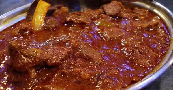 Mutton Kolhapuri, Khasak Restaurant, streetbell.com, www.streetbell.com