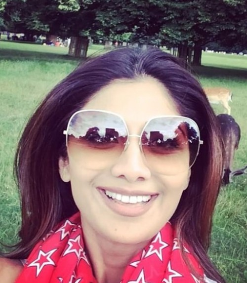 Want Shilpa Shetty's sunglasses - SeenIt