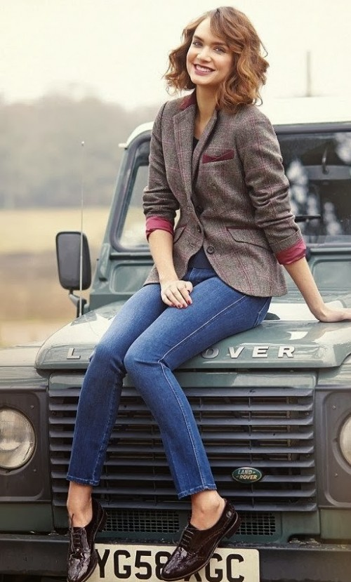 Want the blazer and blue jeans - SeenIt