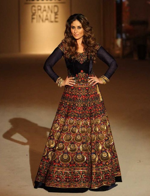 Looking for Kareena's blue velvet embroidered lehenga - SeenIt