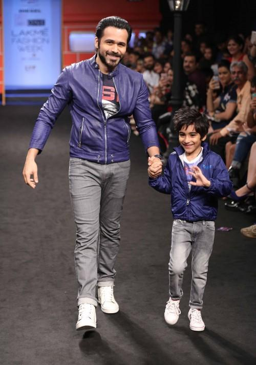 Emraan Hashmi and his son Ayaan Hashmi in Hamleys Show at the Lakme India Fashion Week 2016. - SeenIt