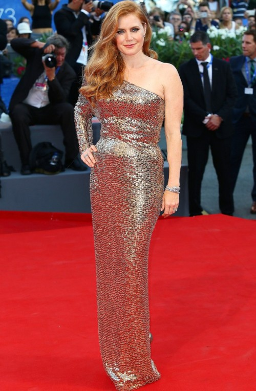 Amy Adams wearing Tom Ford at the Nocturnal Animals premiere at the Venice Film Festival. - SeenIt