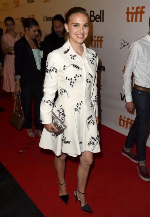 Natalie Portman at Planetarium premiere at the Toronto Film Festival 2016. - SeenIt
