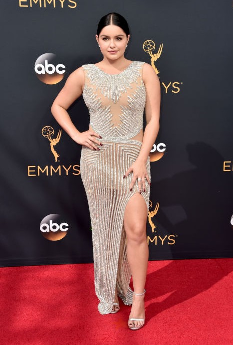 Ariel Winter of Modern Family in a Yousef Al Jasmi dress and Harry Kotlar jewellery. - SeenIt