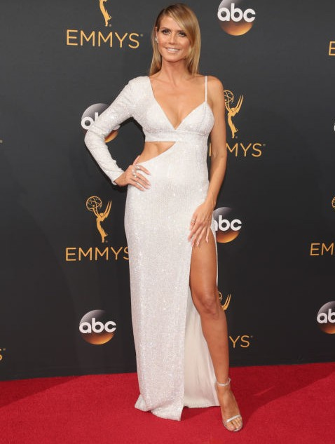 Heidi Klum in Michael Kors Collection at the Emmy Awards 2016. - SeenIt