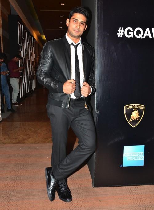 Prateik Babbar at the GQ Style Awards 2016. - SeenIt