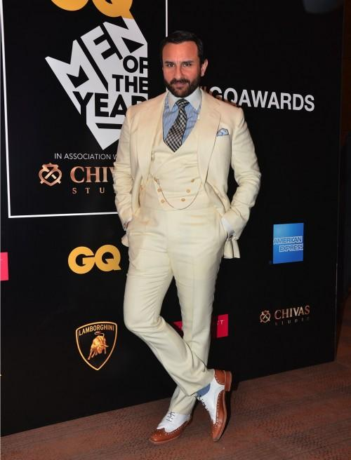 The 'Most Stylish', Saif Ali Khan, at the GQ Style Awards 2016. - SeenIt