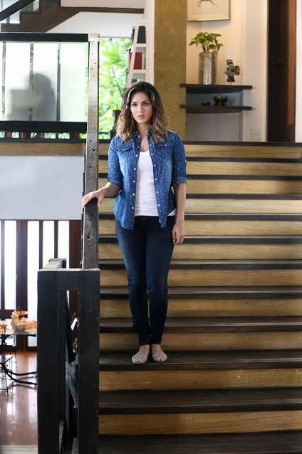shop beiimaanlove sunnyleone jeans outfit shirt shoes