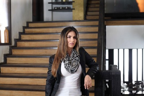 Want this Sunny Leone's outfit. the scarf and white top with the black blazer. - SeenIt