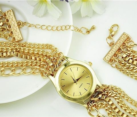 Need something similar to this golden chained watch .. please find it for me - SeenIt