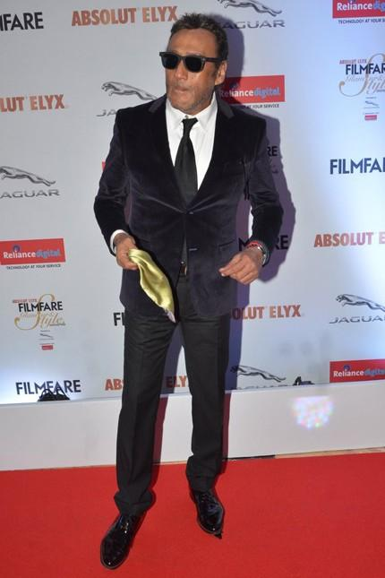 Jackie Shroff at the Filmfare Glamour And Style Awards 2016. - SeenIt