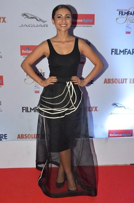 Patralekha at the Filmfare Glamour And Style Awards 2016. - SeenIt