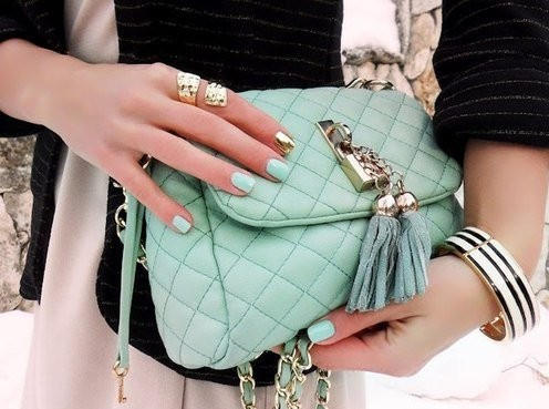 Quilted milt-green sling bag. Have you #seenit? - SeenIt