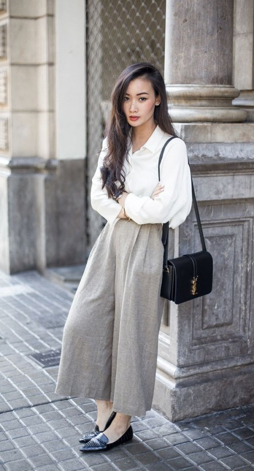 Loved her culottes !! Find me a similar colored culotte  in linen only. - SeenIt