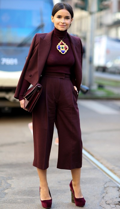 Totally digging this head-to-toe burgundy culottes and a turtle neck pullover with a blazer look for winter! Find me everything here pls! - SeenIt