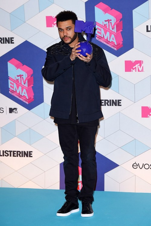 The Weekend at the EMA Awards. - SeenIt