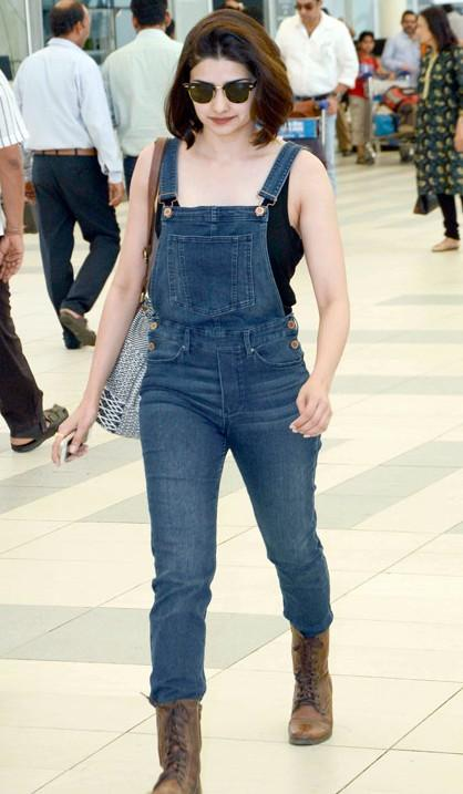 Prachi Desai's denim full length fitted overall is so chic!! Want it for a casual date... - SeenIt