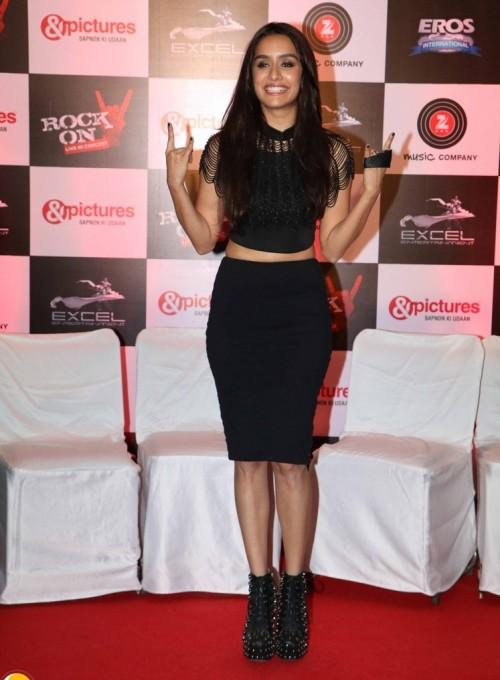 Shraddha Kapoor's look for Rock on2 in black lace croptop and black pencil skirt coords is my all black go to outfit - SeenIt