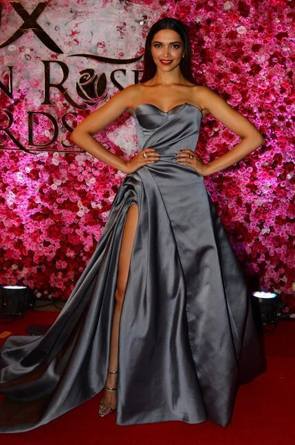 Deepika Padukone in Ralph & Russo at Lux Golden Rose Awards 2016. - SeenIt