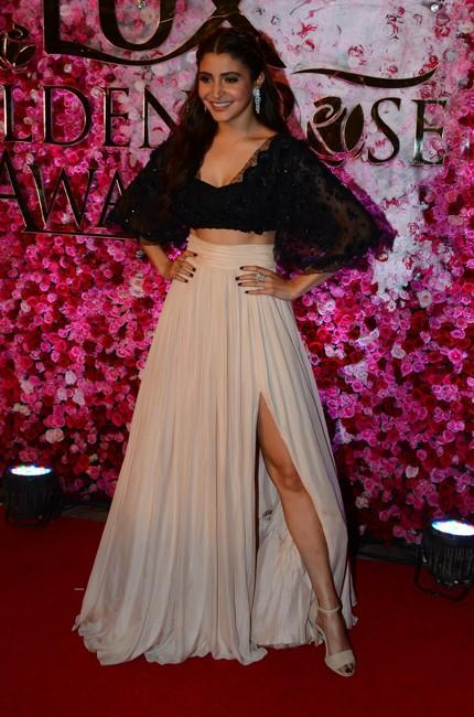 Anushka Sharma in Shehlaa at Lux Golden Rose Awards 2016. - SeenIt