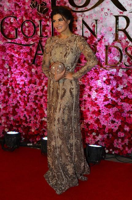 Jacqueline Fernandez in Paulo Sebastian at Lux Golden Rose Awards 2016. - SeenIt