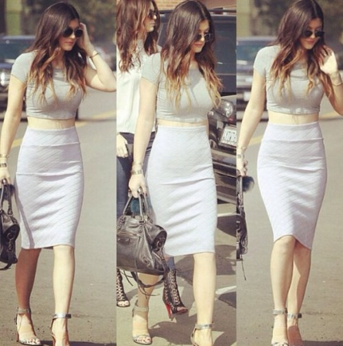 i want these simple bodycon fitted white coordinates just like kylie jenner wore - SeenIt