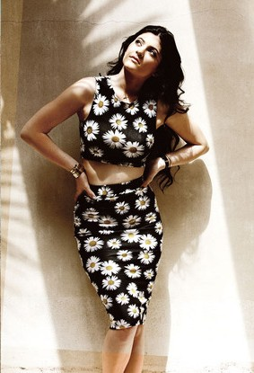 Loved Kylie Jenner's floral print coordinate set!! Need this for a casual party. - SeenIt