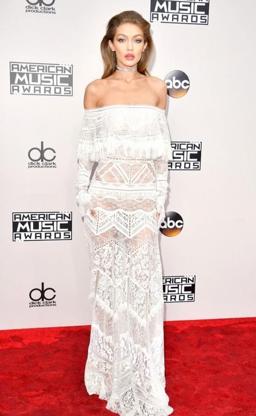 Gigi Hadid in Roberto Cavalli at the American Music Awards 2016. - SeenIt